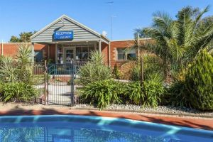 COMFORT INN COACH AND BUSHMANS - Accommodation Port Macquarie