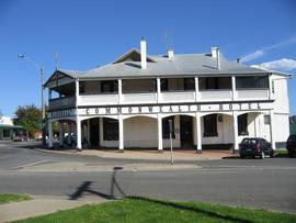Commonwealth Hotel - Accommodation Port Macquarie