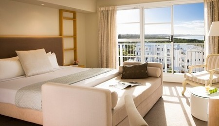 Quality Suites Deep Blue - Accommodation Port Macquarie