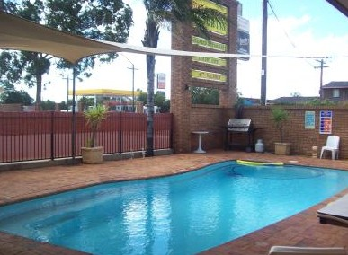 Town And Country Motor Inn Cobar - Accommodation Port Macquarie