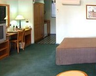 Young Federation Motor Inn - Accommodation Port Macquarie