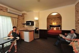 Highlander Motor Inn And Apartments - Accommodation Port Macquarie