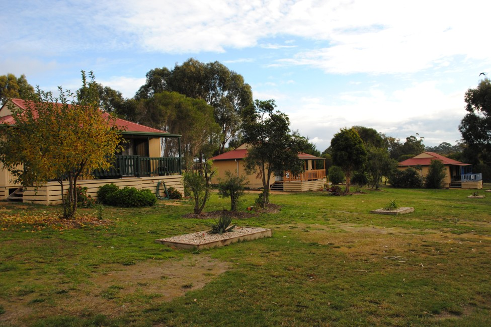 Lakes Entrance Country Cottages - Accommodation Port Macquarie