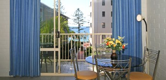 Surf Dance Holiday Units - Accommodation Port Macquarie