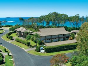 Absolute Beachfront Smugglers on the Beach - Accommodation Port Macquarie