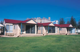 The Mac's Beachfront Villas - Accommodation Port Macquarie