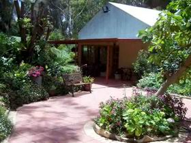 Rainforest Retreat - Accommodation Port Macquarie