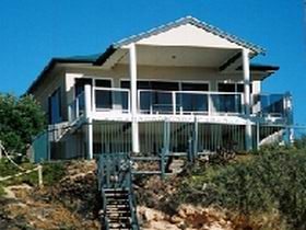Top Deck Cliff House - Accommodation Port Macquarie