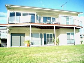 Swanport Views Holiday Home - Accommodation Port Macquarie