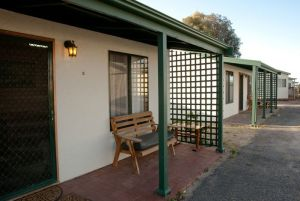 Moonta Bay Road Cabins and Cottages - Accommodation Port Macquarie
