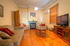 Semaphore Beach Cottage Bed and Breakfast - Accommodation Port Macquarie