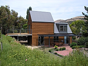 Red Brier Cottage Accommodation - Accommodation Port Macquarie