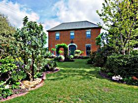 Mrs Currie's House BB - Accommodation Port Macquarie