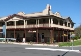 The Royal Hotel Adelong - Accommodation Port Macquarie