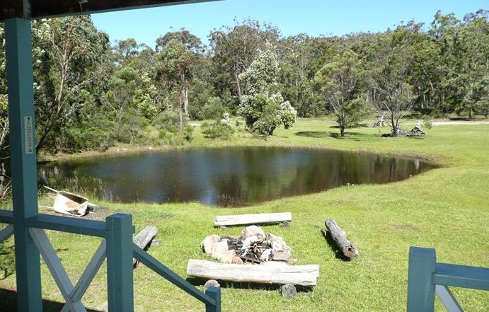 Possums Hollow and Hooters Hut - Accommodation Port Macquarie