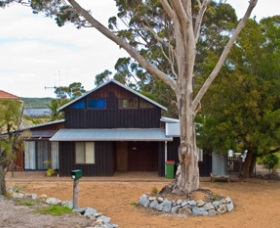 Amys Inlet View Retreat - Accommodation Port Macquarie