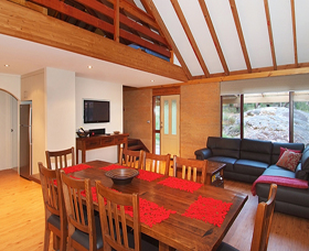 Woodstone Cottages - Accommodation Port Macquarie
