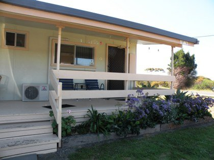 Baudin Budget Units 23 and Cottage - Accommodation Port Macquarie