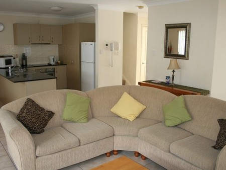 Pacific Sun Gold Coast Holiday Townhouse - Accommodation Port Macquarie