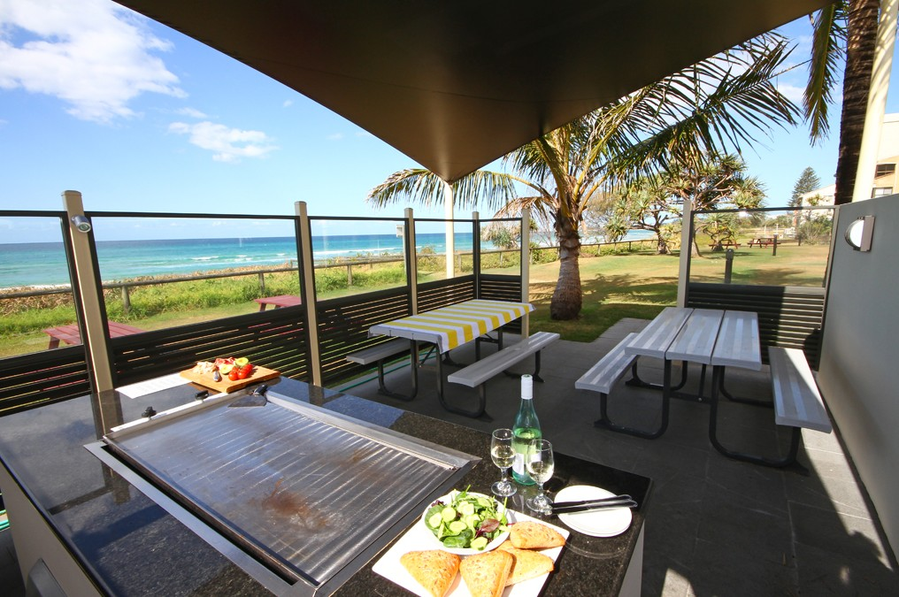 San Simeon Beachfront Apartments - Accommodation Port Macquarie
