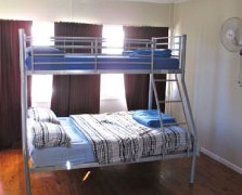 Surf N Sun Beachside Backpackers - Accommodation Port Macquarie