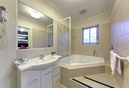 Comfort Inn And Suites Georgian Albury - Accommodation Port Macquarie