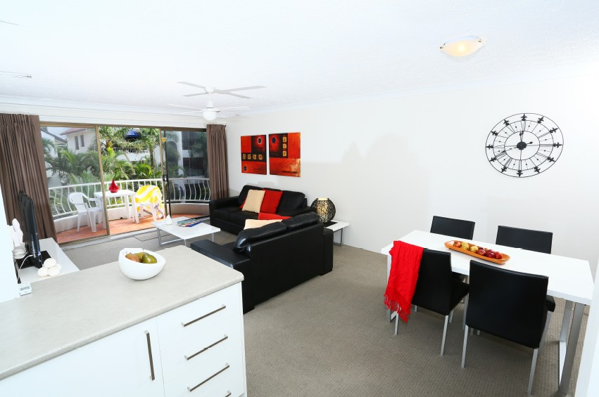 St Tropez Holiday Apartments - Accommodation Port Macquarie