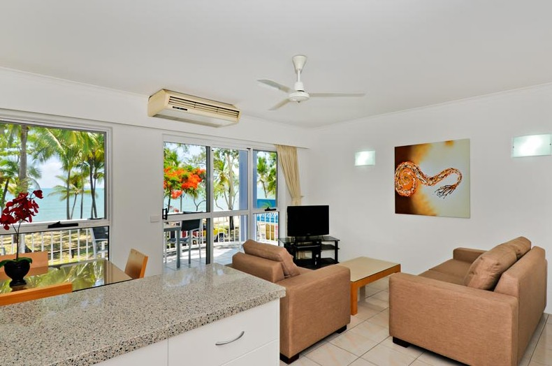 Agincourt Beachfront Apartments - Accommodation Port Macquarie