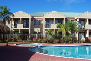 Country Comfort Inter City Perth Hotel  Apartments - Accommodation Port Macquarie