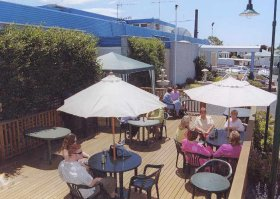 Top Of The Town Hotel - Accommodation Port Macquarie