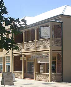 Cobb  Co Court Boutique Hotel - Accommodation Port Macquarie