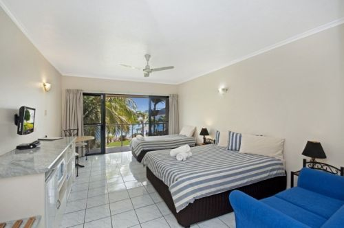Hinchinbrook Marine Cove Motel - Accommodation Port Macquarie