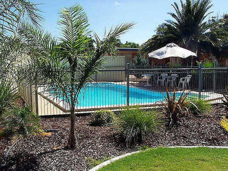 Renmark Motor Inn - Accommodation Port Macquarie