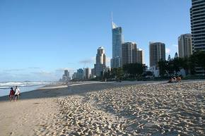 Browns At Broadbeach - Accommodation Port Macquarie
