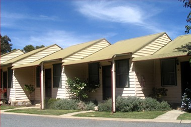 The Village Cabins - Accommodation Port Macquarie