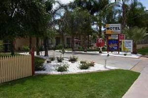 Sunraysia Motel And Holiday Apartments - Accommodation Port Macquarie