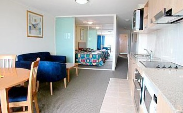 The Entrance Waldorf Apartments - Accommodation Port Macquarie
