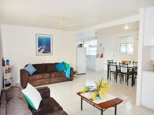 Lucinda Holiday Rentals  - Accommodation Port Macquarie