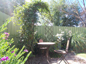 Robyn's Nest Country Cottages - Accommodation Port Macquarie
