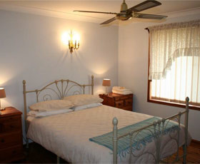 Caits Cottage Bed And Breakfast - Accommodation Port Macquarie
