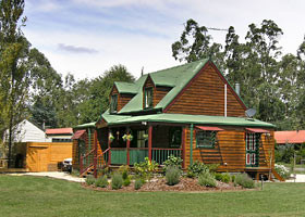 Mystic Mountains Holiday Cottages - Accommodation Port Macquarie