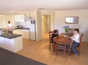 Copper Cove Holiday Villas - Accommodation Port Macquarie