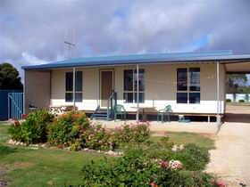 A Place To Stay - Accommodation Port Macquarie