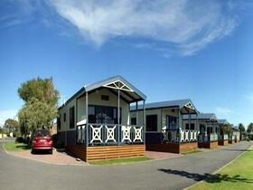 Discovery Holiday Parks - Adelaide Beachfront - Accommodation Port Macquarie