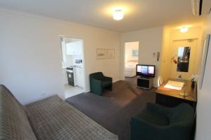 Drummond Apartments Services - Accommodation Port Macquarie