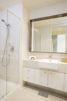 Melbourne Short Stay Apartments on Whiteman - Accommodation Port Macquarie