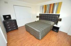 Balmain 3 Mont Furnished Apartment - Accommodation Port Macquarie