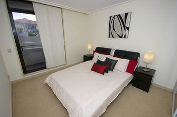 Balmain 704 Mar Furnished Apartment - Accommodation Port Macquarie