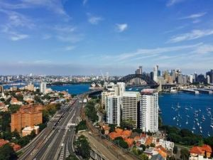 Meriton Serviced Apartments North Sydney - Accommodation Port Macquarie