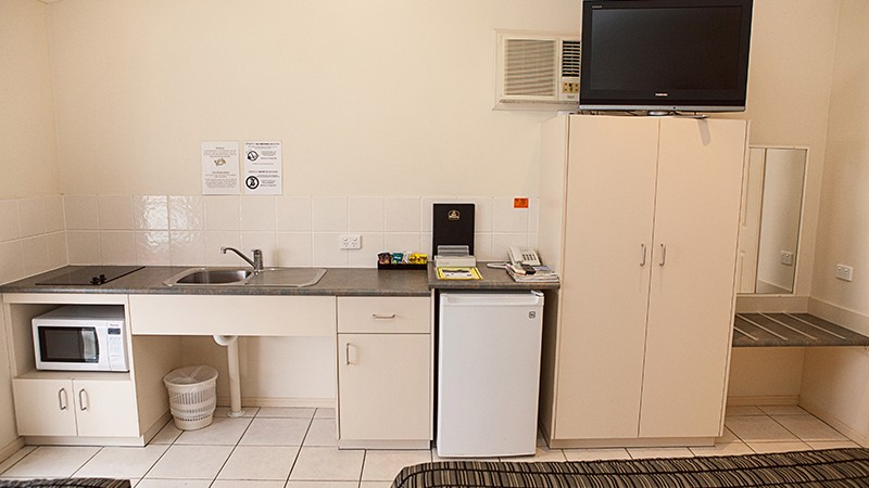 BEST WESTERN Caboolture Central Motor Inn - Accommodation Port Macquarie